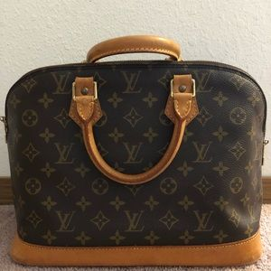 Authentic Louis Vuitton Alma pm